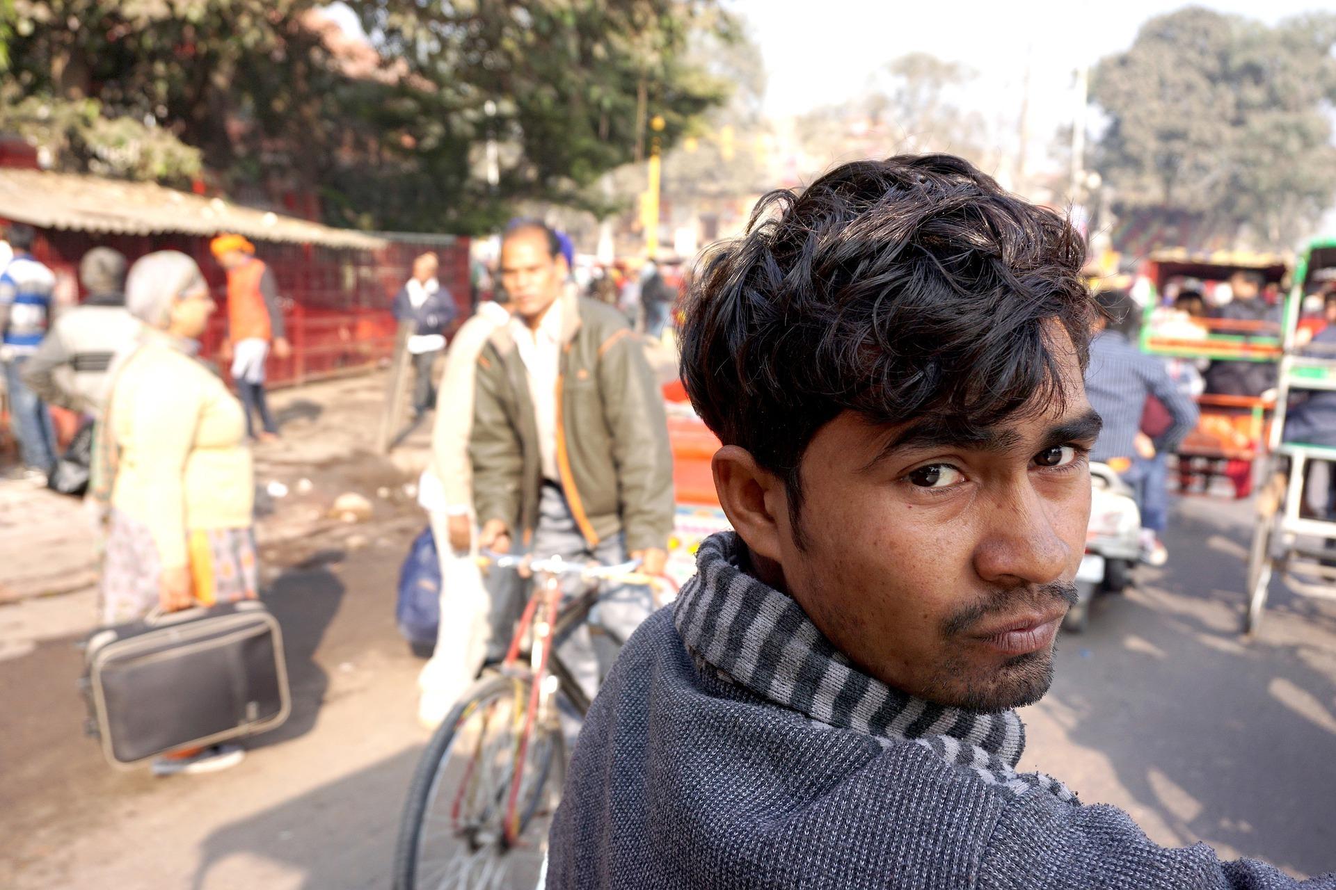 Jak o pracownika z Indii walczą polscy pracodawcy?